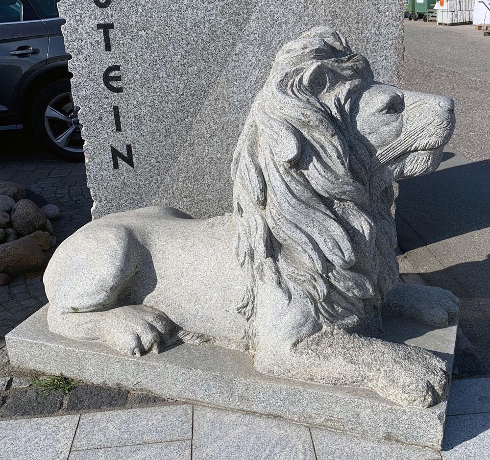 Granit Löwe
